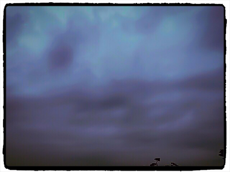 曇り空でもポジティブに行こう!